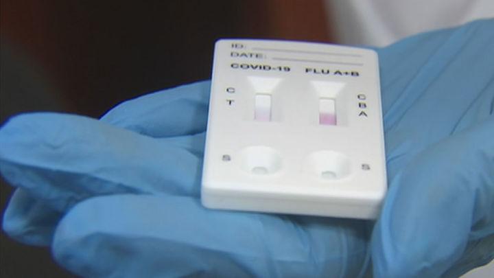 Avalancha en las clínicas para hacerse un test antes de Navidad y estar tranquilos con los familiares