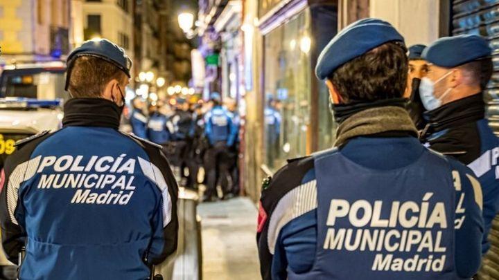 La Policía interviene en un fiesta en Arganzuela  y sanciona a 20 personas sin mascarilla