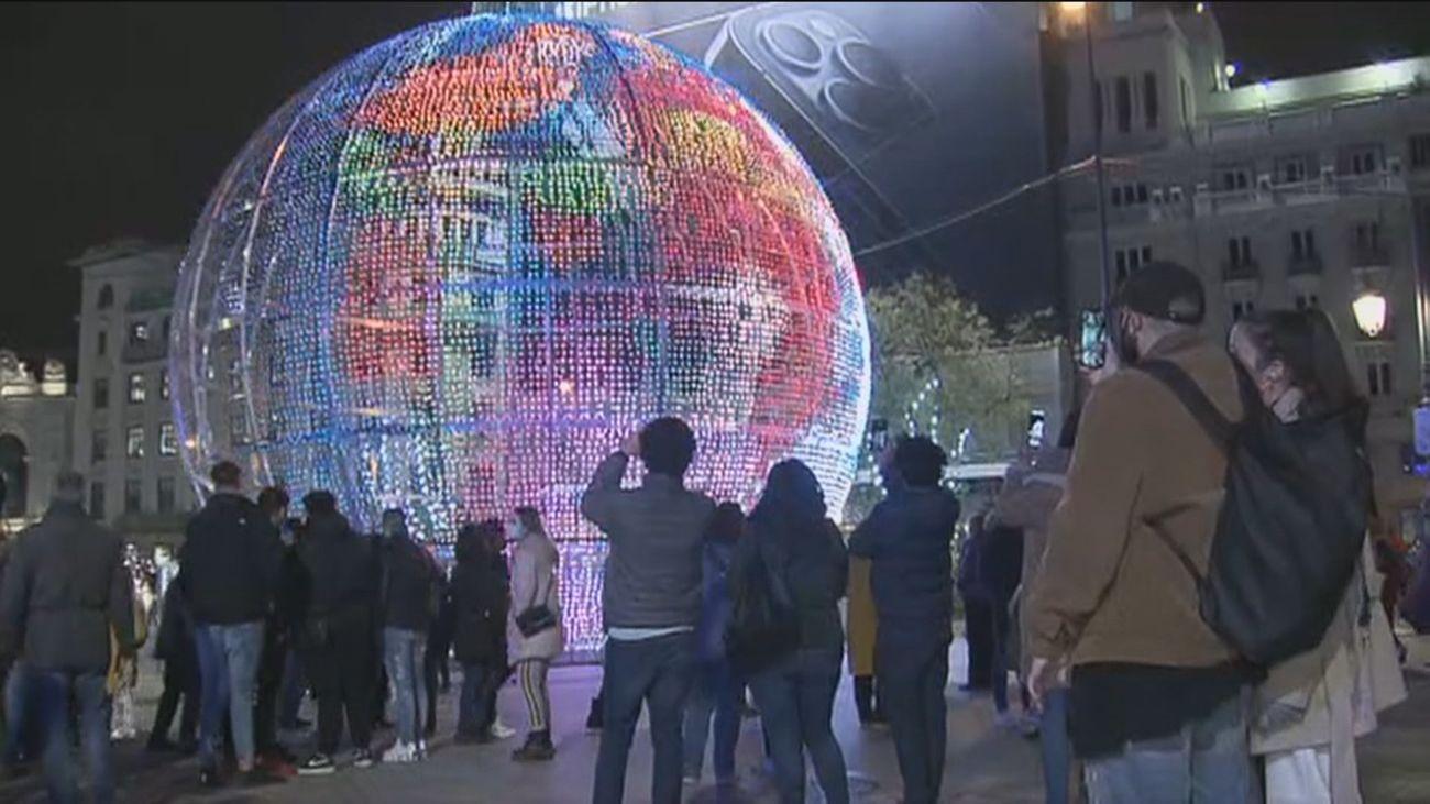 Un 'noviembre negro' con 9.500 fallecidos por Covid mantiene en el aire cómo serán las Navidades