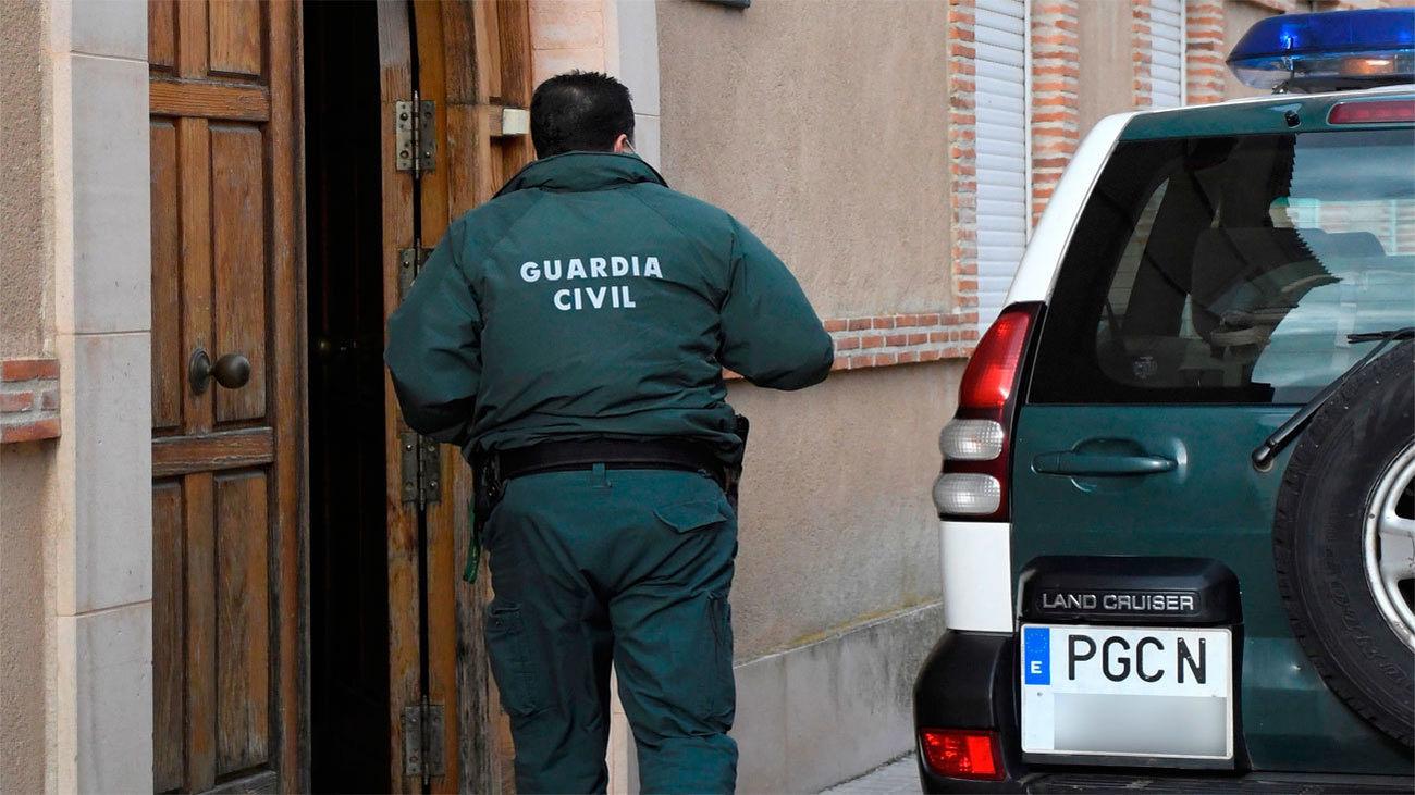 Un hombre mata a su mujer con un arma blanca en Pontevedra