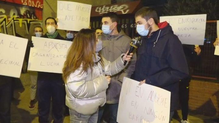 Los vecinos de Aluche en 'pie de guerra' contra las casas de apuestas