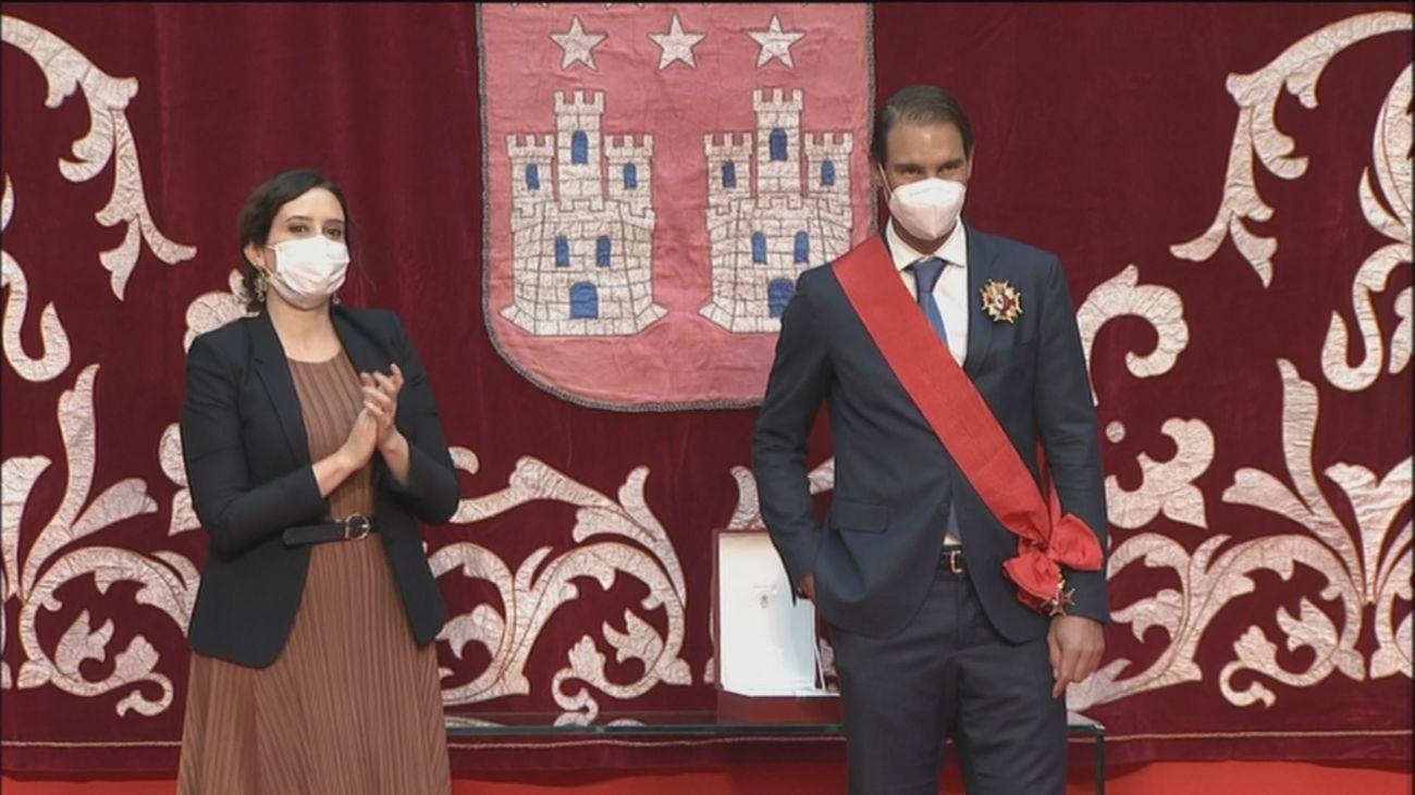 Madrid premia a Nadal con la Gran Cruz de la Orden del 2 de Mayo