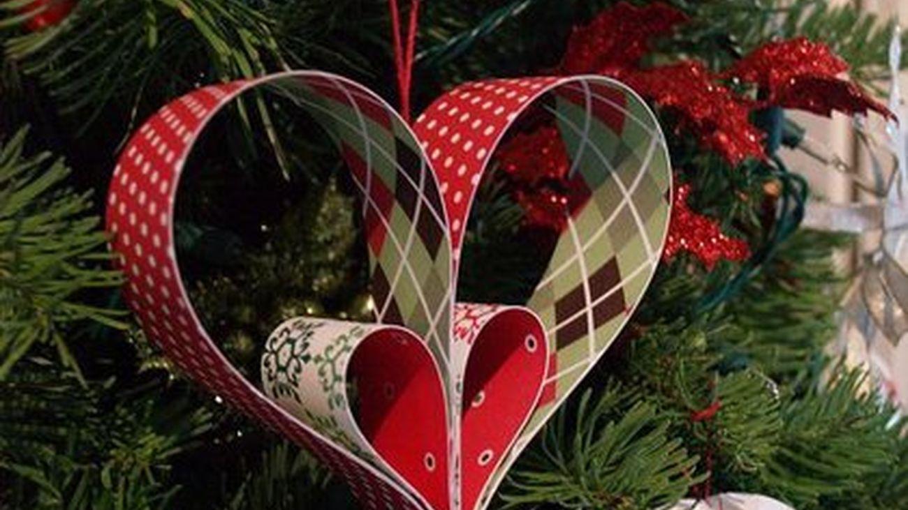 Los madrileños aprovechan para decorar la casa por Navidad