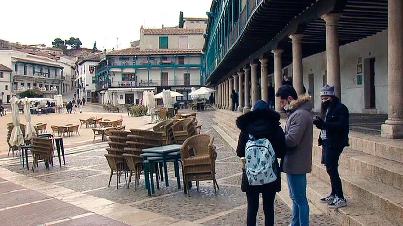 Chinchón vuelve a recibir turistas tras un mes de cierre perimetral