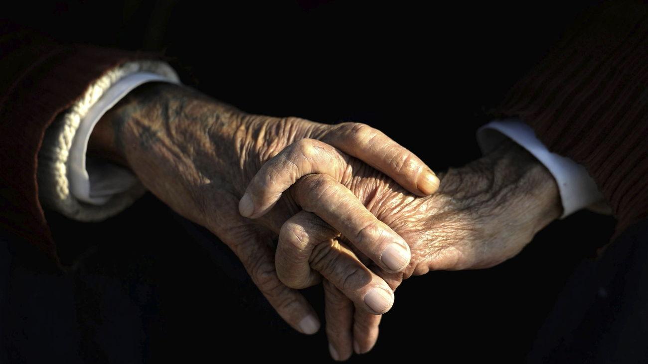 Anciana en una residencia de ancianos
