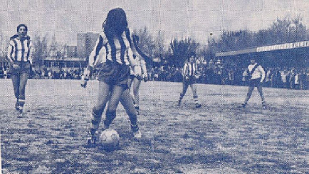 50 años del primer partido de fútbol femenino