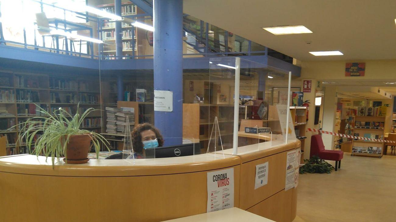 Mostrador de la Biblioteca Municipal de Alpedrete