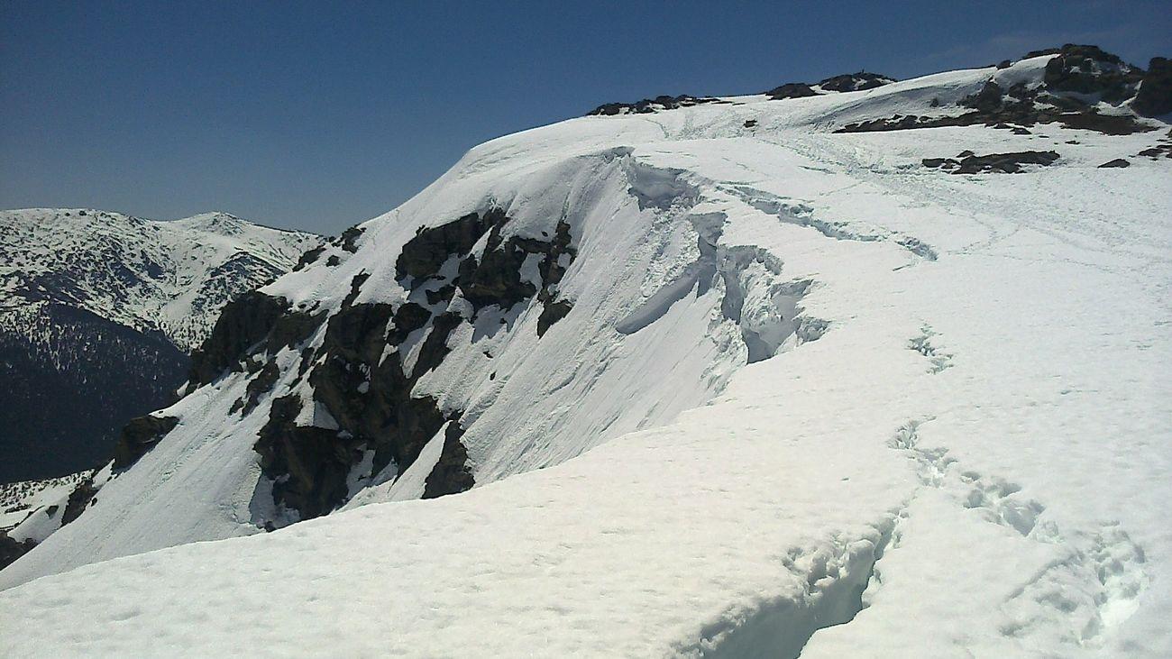 El pico Peñalara, el 'techo' de Madrid, mide 2.430 metros...o 2.428