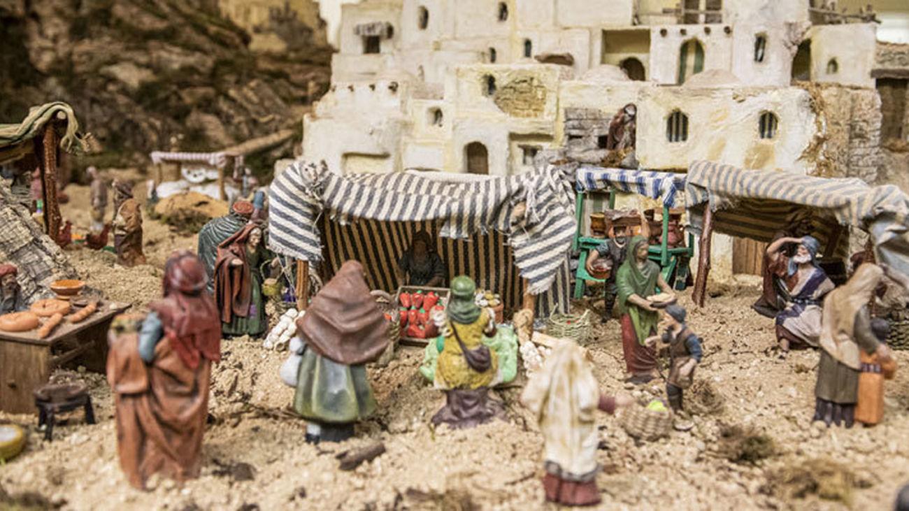 Pozuelo de Alarcón inaugura su Gran Belén situado en el Patio de Segovia