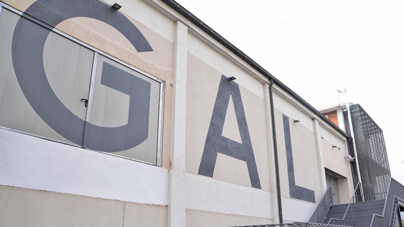 Exterior de la antigua fábrica Gal