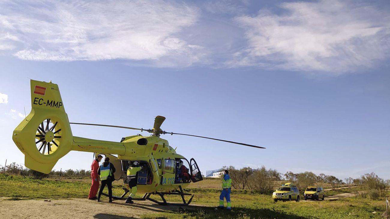 Herido grave al caerse desde el tejado de una nave en Batres
