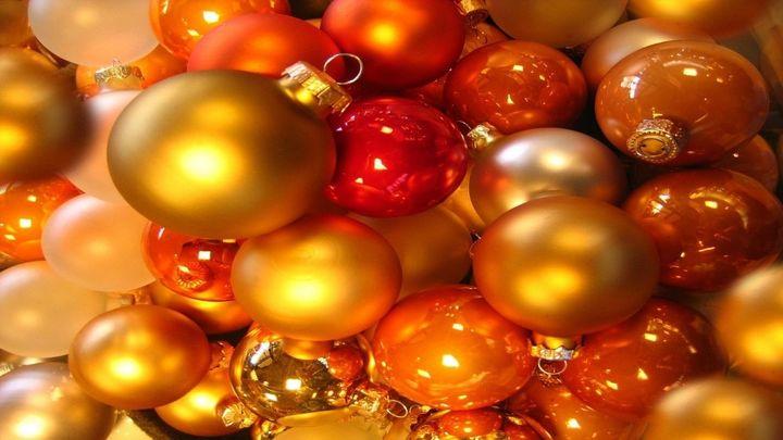 Papá Noel y los elfos se acercan a El Berrueco a recoger las cartas de los niños