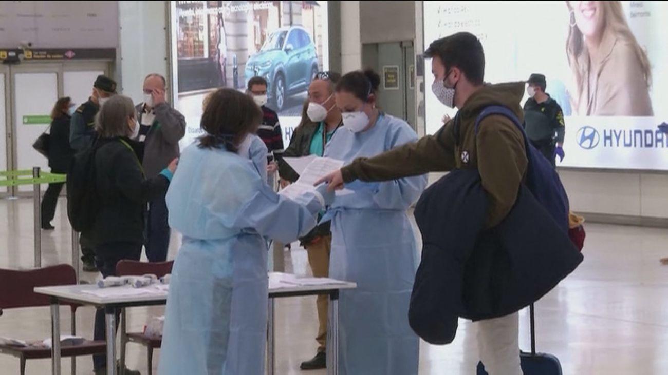 El colegio Alameda de Osuna, primer centro de Madrid en hacer pruebas de saliva a sus alumnos