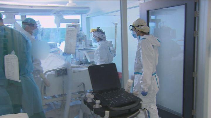 Suben en 21.309 los contagios y en 389 las muertes por Covid-19 en España