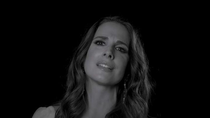 'Quererme solo yo', el nuevo single de Nuria Fergó