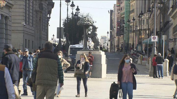 Madrid notifica 2.093 casos nuevos de Covid-19, 826 de las últimas 24 horas con 13 fallecidos