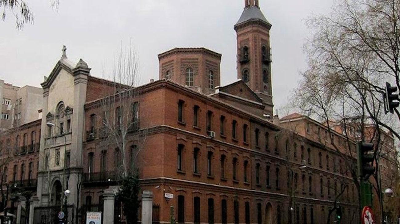 Parroquia de Nuestra señora de los Dolores en la madrileña calle de San Bernardo