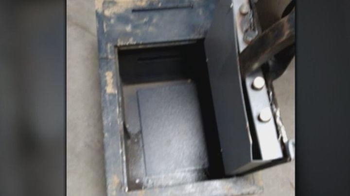 La Guardia Civil abre la caja fuerte abandonada en Valdemoro... y no hay nada dentro