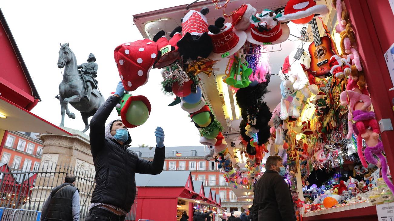 Inauguración del mercadillo de Navidad en la Plaza Mayor