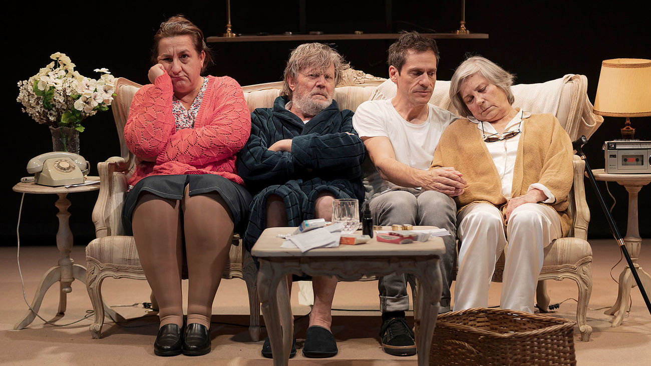 """Eloy Arenas vuelve al Teatro Lara con 'Familia Camino', una obra llena de """"humor y amargura"""""""