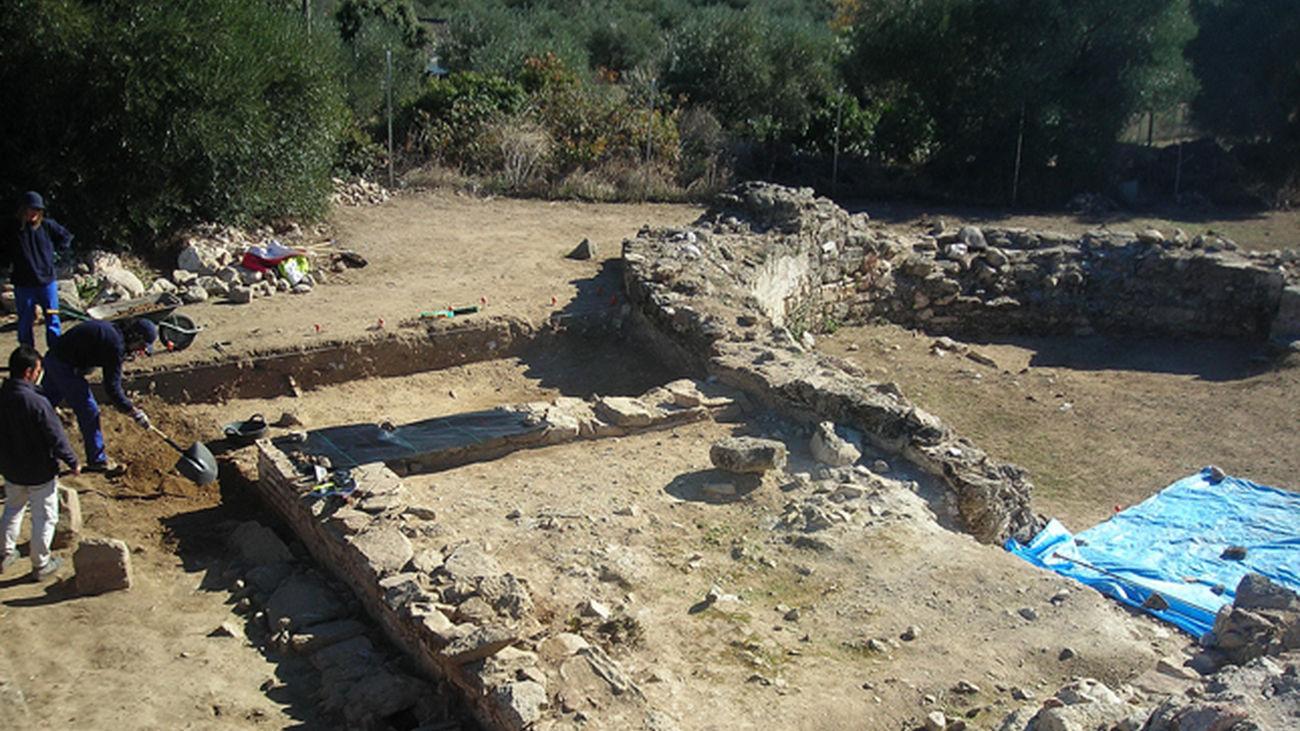 Excavaciones en el yacimiento de 'La Mezquita' en Cadalso de los Vidrios