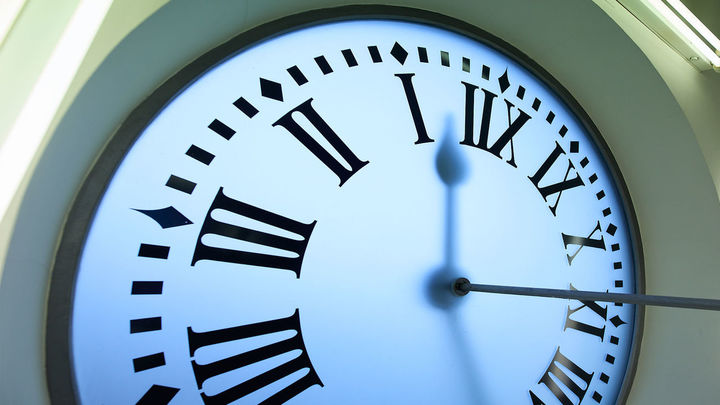 España pasa al horario de verano, se adelanta el reloj una hora