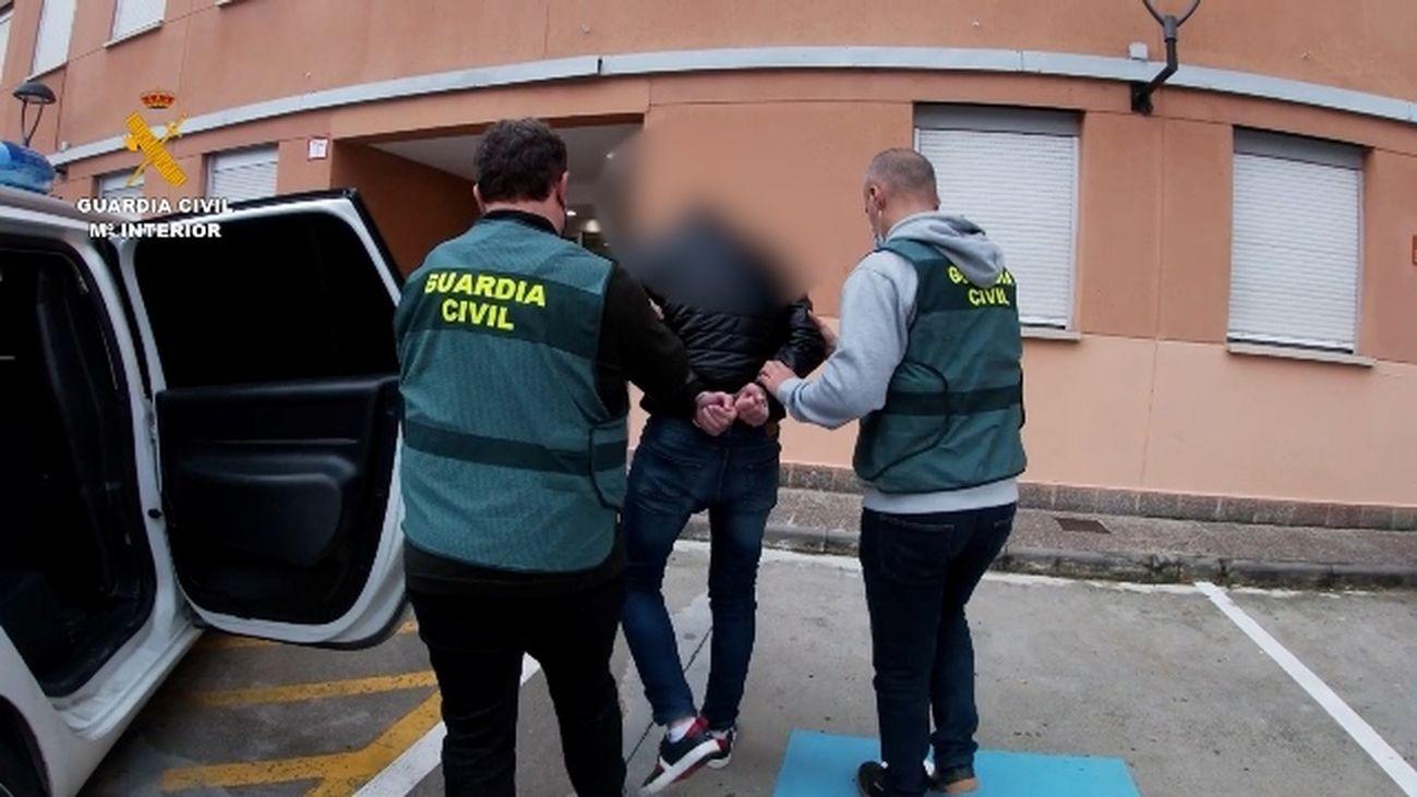 Detenido un joven en Bilbao acusado de 45 delitos de abusos sexuales