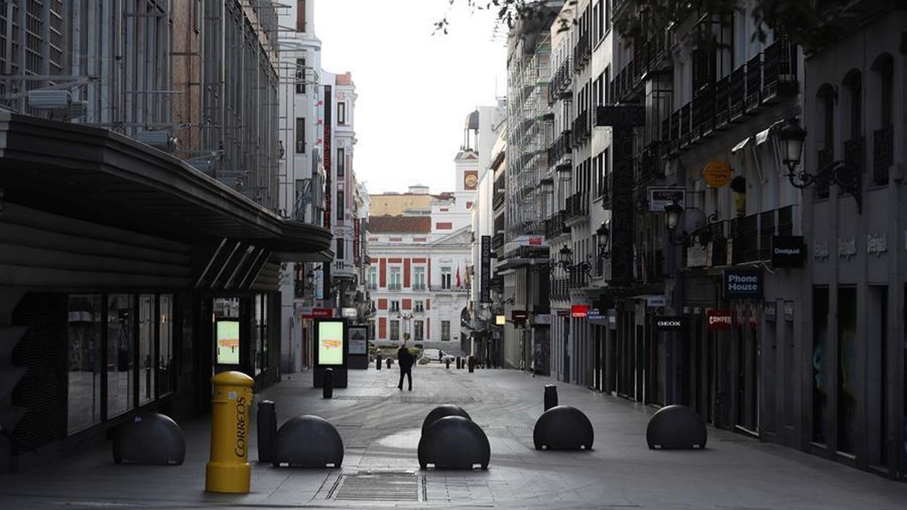El cineasta de origen argentino Lucas Figueroa decidió salir a las calles de Madrid para rodar las imágenes inéditas de la ciudad vacía