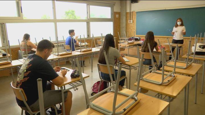 El TSJC impone a la Generalitat catalana que al menos un 25% de las clases se den en castellano