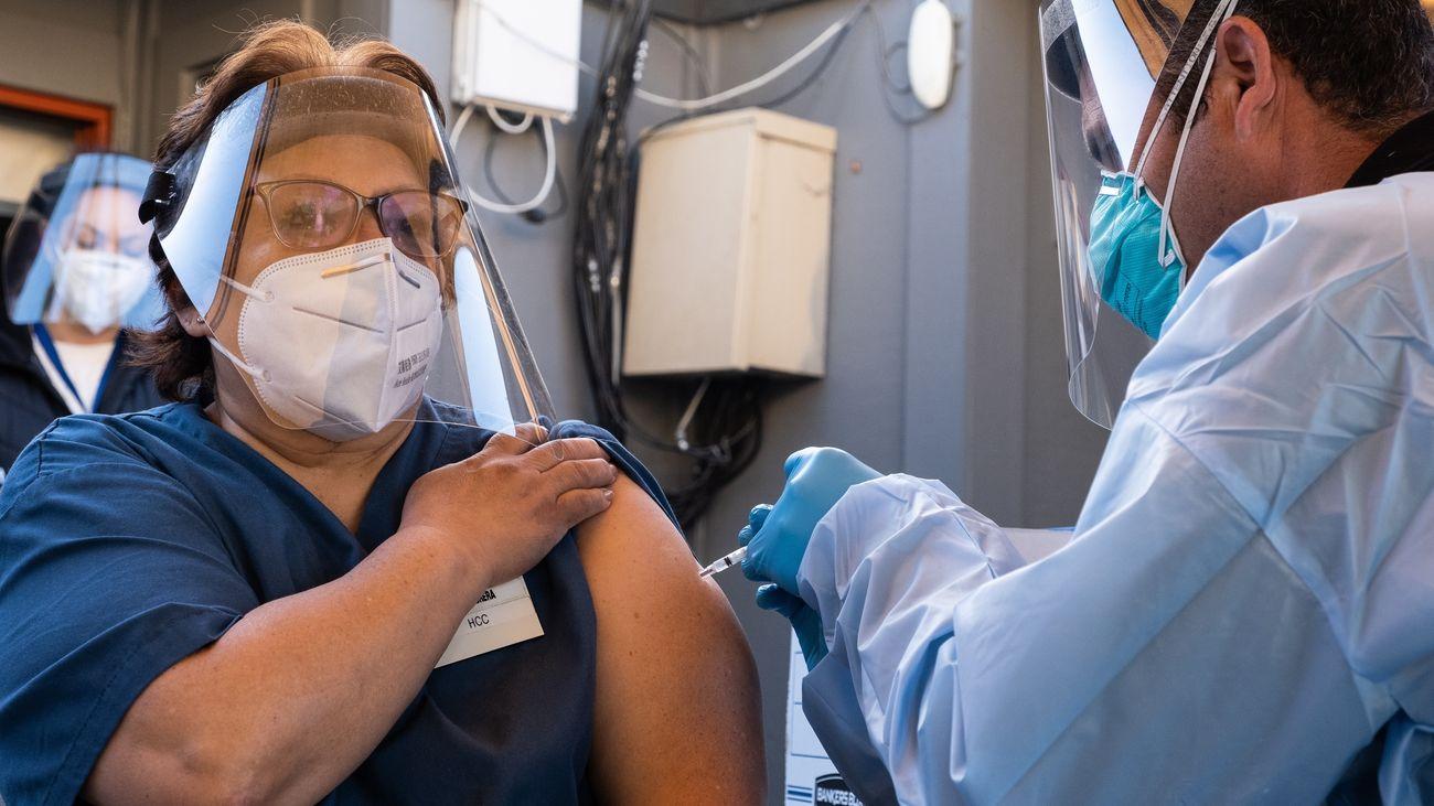 Madrid, a la espera de saber cuántas vacunas contra el coronavirus tendrá el 27 de diciembre