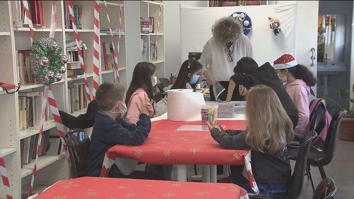 Los centros de Cáritas proporcionan ayuda y se ocupan de los niños para que los padres puedan trabajar