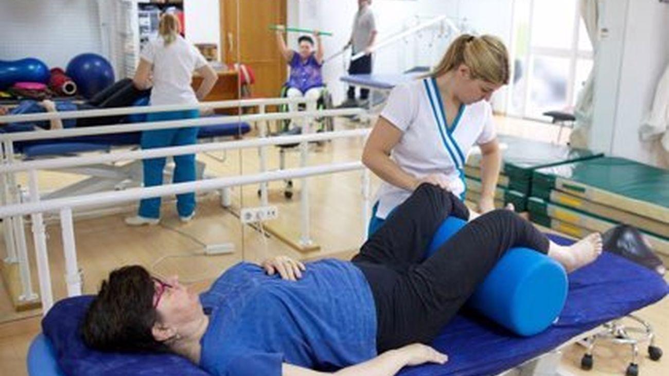 """Las personas con esclerosis múltiple exigen recuperar """"la normalidad sanitaria"""" en su tratamiento"""