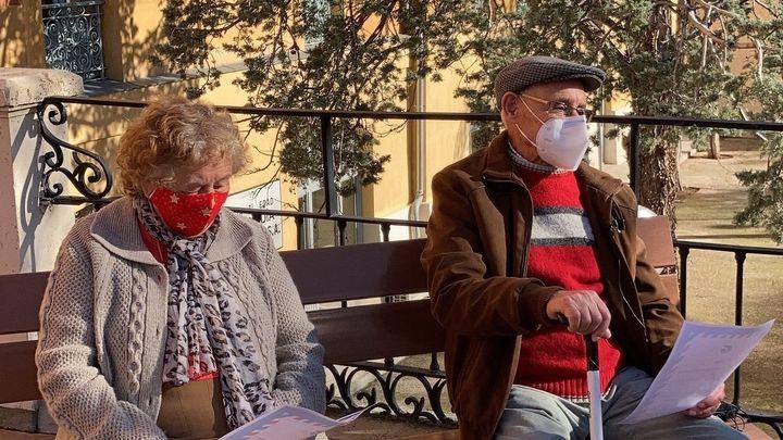 Los niños de Aranjuez escriben cartas a los ancianos de las residencias