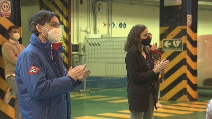 Metro de Madrid homenajea a sus empleados por la labor social desarrollada durante la pandemia