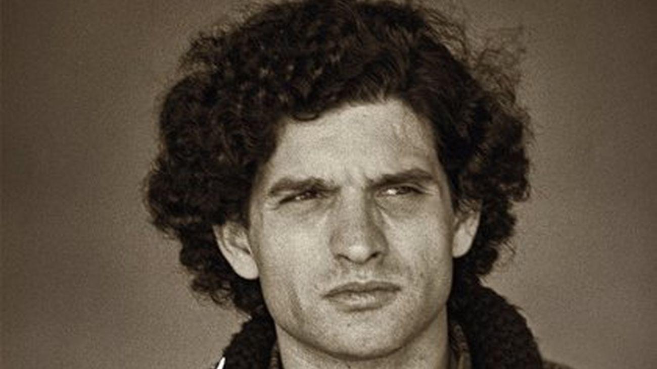 Se cumplen 20 años de la muerte del cantante Carlos Cano, Medalla de Plata e Hijo Predilecto de Andalucía