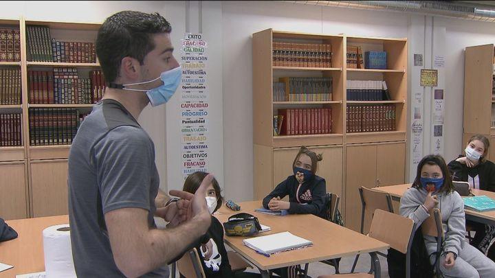 Conocemos cómo son las aulas prefabricadas instaladas en colegios e institutos públicos de Madrid