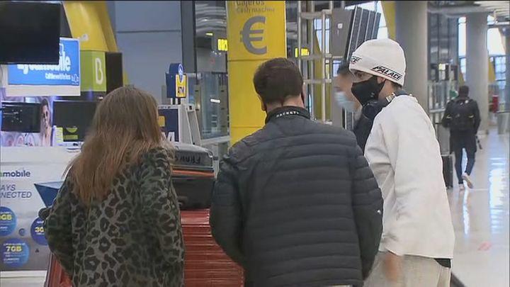 Madrid dice que el virus ha entrado por Barajas desde China, Italia y Reino Unido