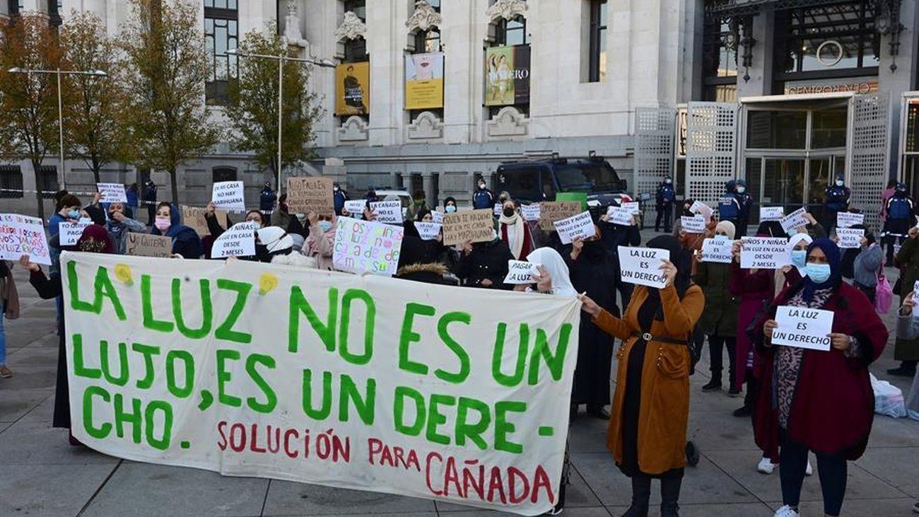 Protesta de los habitantes de Cañada Real por los cortes de luz