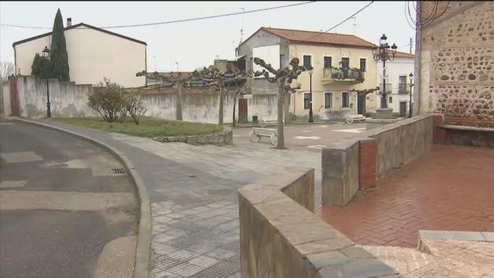Conmoción en Valdeavero tras la detención del frutero por abusar al menos de una docena de niños