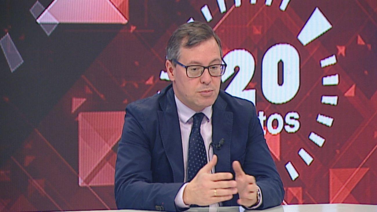 El portavoz del PP en la Asamblea de Madrid durante una entrevista en 120 Minutos