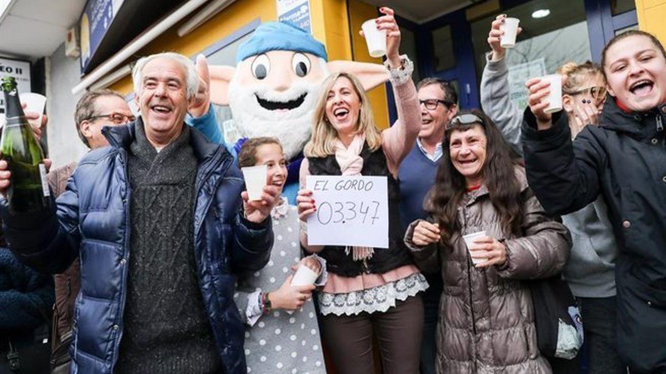 Celebración del premio Gordo de la Lotería de Navidad