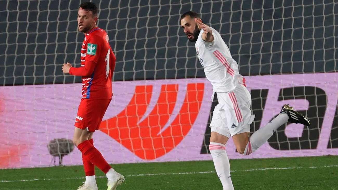 Benzema marca ante el Granada