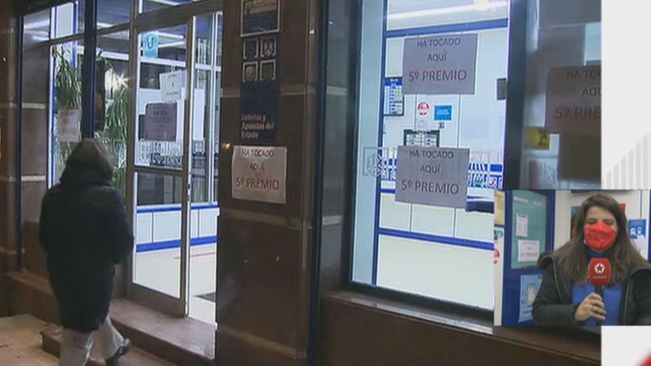 Un concejal de Más Madrid, y lotero, reparte 7 millones de un quinto premio en el barrio obrero de Usera