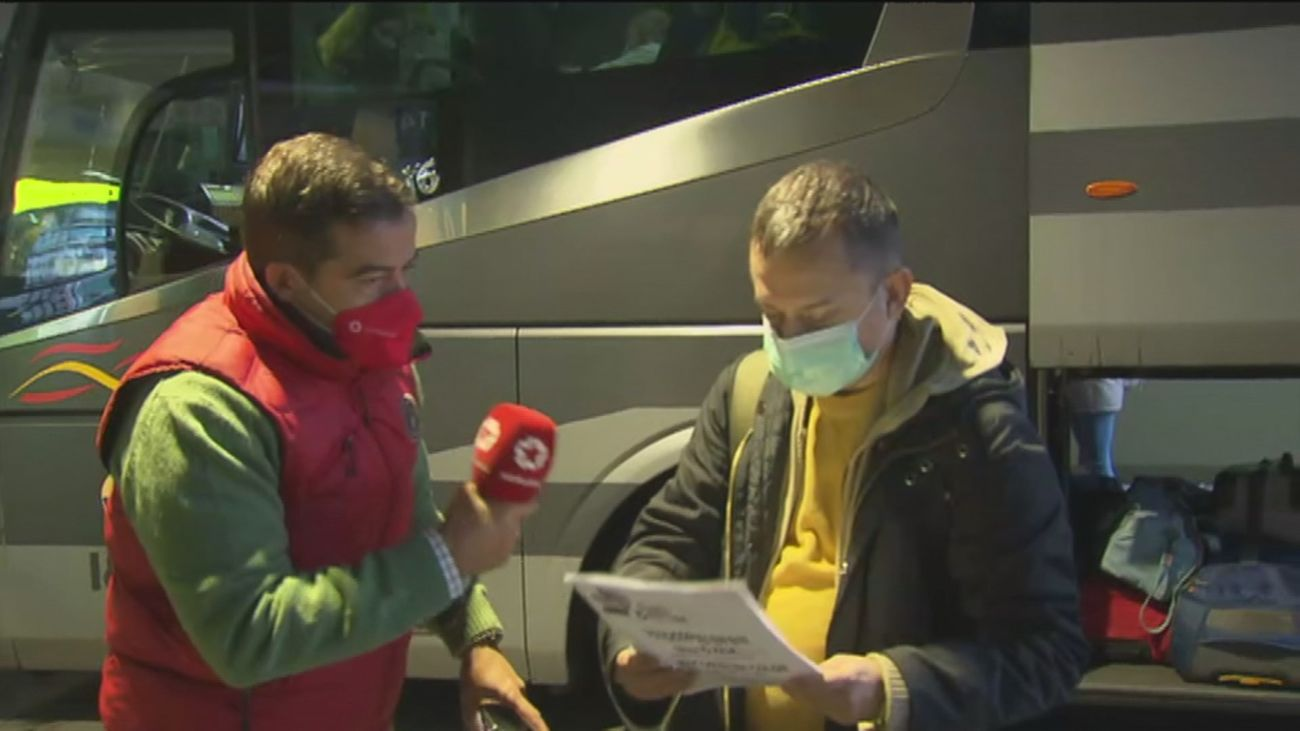 Los madrileños ya usan el salvoconducto en Atocha y Méndez Álvaro para salir de Madrid