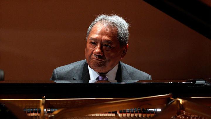 Muere el cantautor mexicano Armando Manzanero a causa del Covid-19