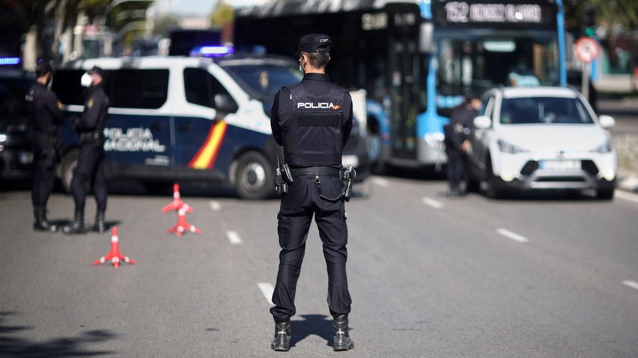 Control de la Policía Nacional en las calles de Madrid