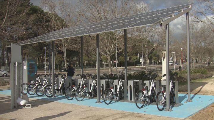 BiciMAD llega a Ciudad Universitaria con tres estaciones alimentadas por energía solar
