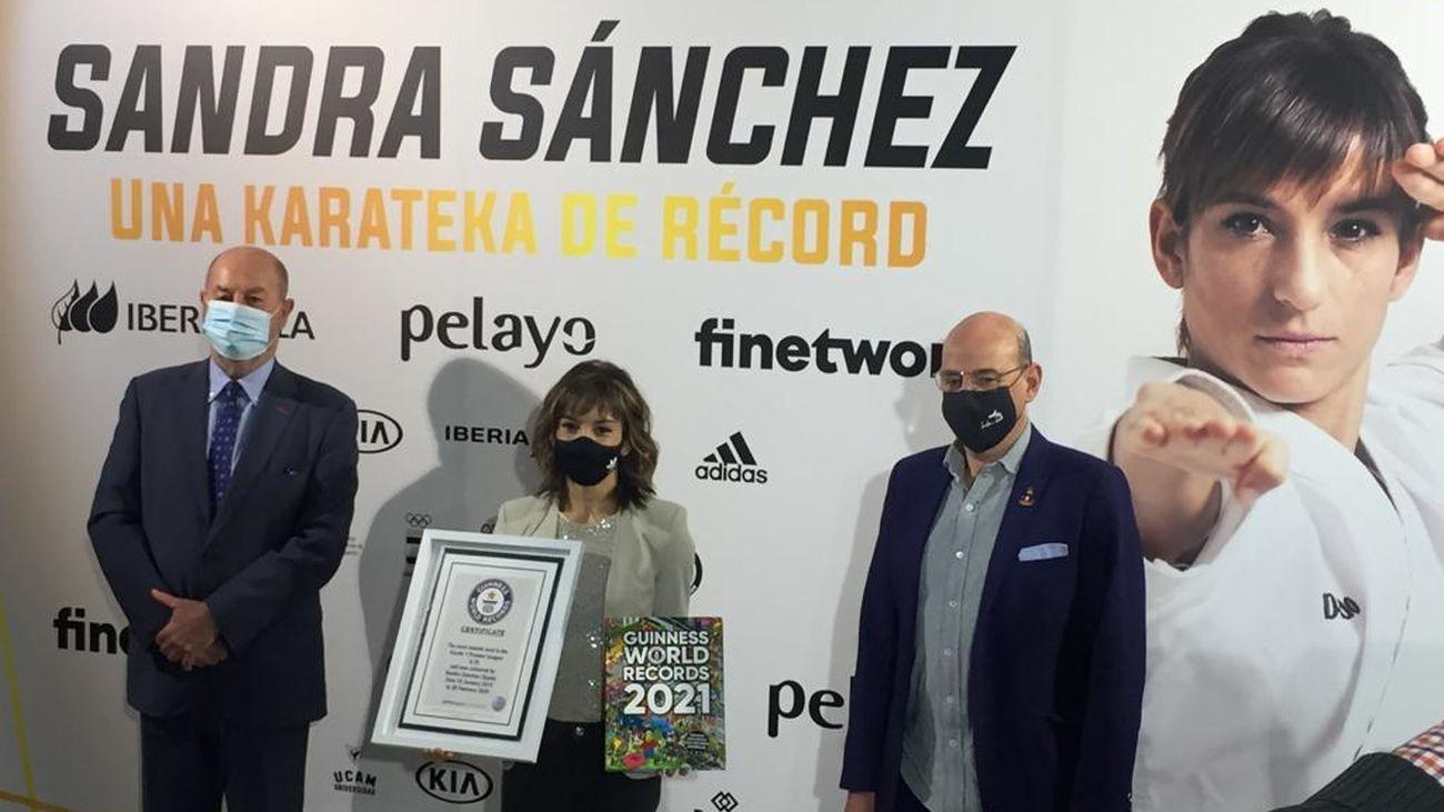 Sandra Sánchez, campeona del mundo de kárate, entra en el Libro Guinness