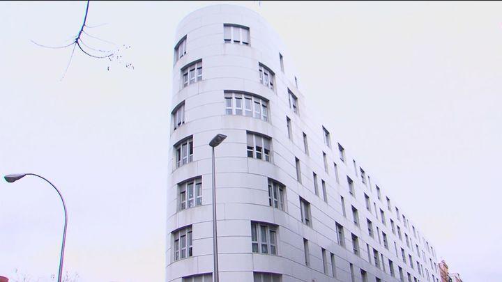 Pesadilla okupa en Vallecas: alquiló su vivienda y su inquilina dejó de pagar