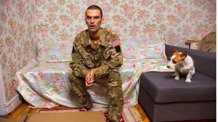 """Pedro Ayose da vida al soldado 'Manning' en una obra que reflexiona sobre la verdad """"alterada"""""""